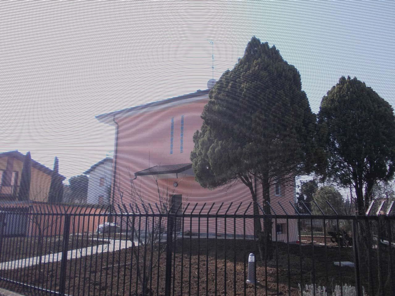 """CoCoter snc: fotografia """"Ristrutturazione Villetta esterni rosa"""""""
