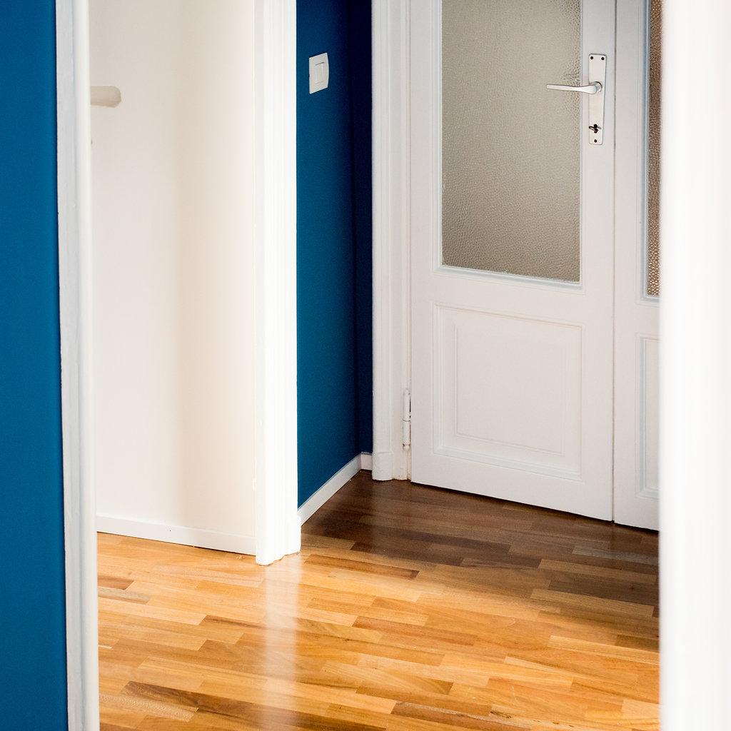 """CoCoter snc: fotografia """"Ristrutturazione appartamento dell'800, dettaglio porta"""""""