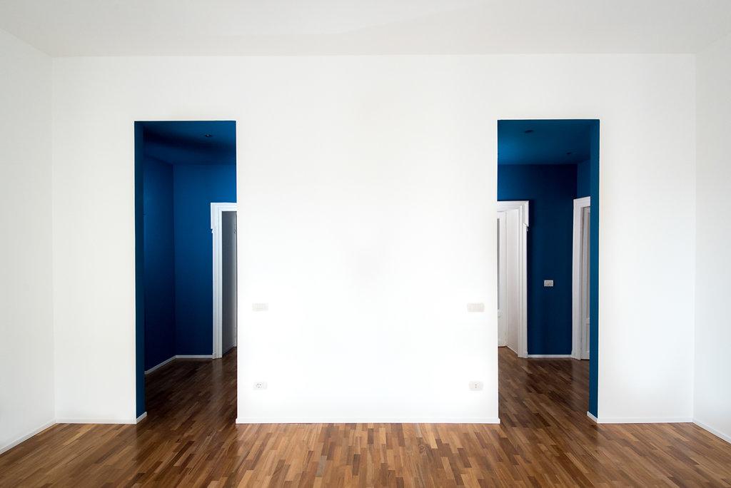 """CoCoter snc: fotografia """"Ristrutturazione appartamento dell'800, stanza bianca"""""""